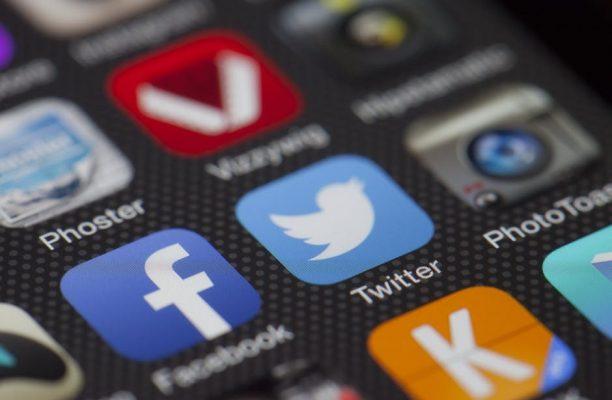 Curso sobre Medios Sociales